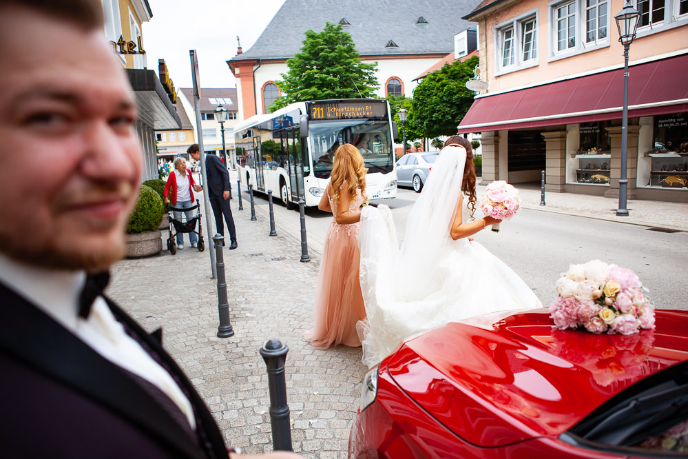 Lisa Mark Wedding Bridal Shooting Couple Europe Abroad